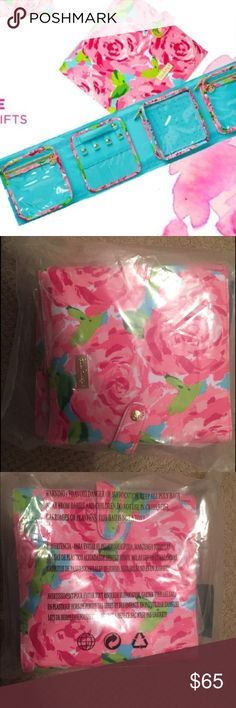Lilly Pulitzer travel fold up jewelry holder. NWT Lilly Pulitzer HPFI  travel fold up jewelry holder. NWT. Lilly Pulitzer Bags Travel Bags