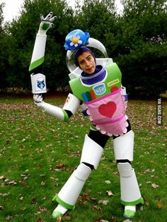 Stumbled upon the best costume I've seen this year