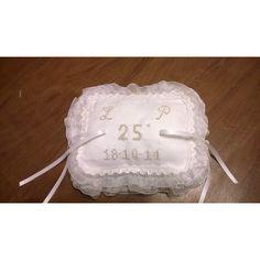 #cuscino portafedi 25 #anniversario #matrimonio ricamato a mano cin iniziali e data della #cerimonia