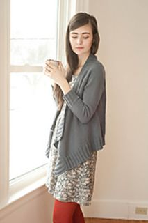 Effortless Cardigan by Hannah Fettig: Pattern calls for DK but it looks good in worsted or aran.