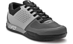 FEATURES Pushing the limits requires confidence in your equipment. 2FO brings control, comfort, and protection to platform pedal footwear without any weight and fit penalties. Developed and tested by