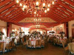 Da Vinci « Midrand Conference Centre Conference, Centre, Villa, Fair Grounds, Chandelier, Ceiling Lights, Lighting, Home Decor, Candelabra