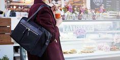 "Curzon Women's 15"" Shoulder Bag - Black| KNOMO"