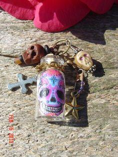 Vtg Catholic Religious Sugar Skull Jewelry Bottle Sterling Craft Day of The Dead Sugar Skull Crafts, Sugar Skull Jewelry, Sugar Skulls, Day Of The Dead Skull, Catholic Jewelry, Mexican Jewelry, Craft Day, Mexican Folk Art, Religious Art