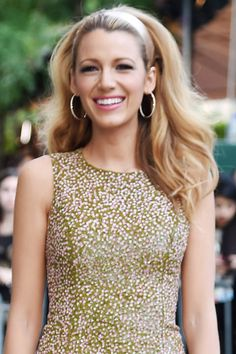 The 12 sexiest hairstyles that men can't get enough of: high-volume waves and a headband as seen on Blake Lively