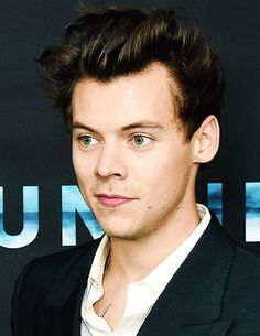 Harry Styles at the Dunkirk movie premier 7/13/17