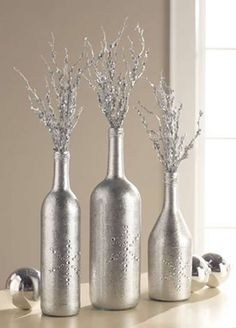 Looking for easy peasy Dollar Store Christmas Decor Ideas? Here is a wonderful collection of Dollar Store Christmas Decorating Ideas to help you out. Wine Bottle Centerpieces, Christmas Table Centerpieces, Diy Centerpieces, Christmas Decorations, Silver Centerpiece, Holiday Decor, Silver Vases, Wedding Decorations, Craft Decorations