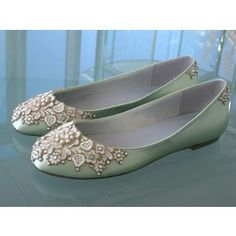Mint green ballet flats with lace These are the shoes I want!!!! Love them! Follow us @SIGNATUREBRIDE on Twitter and on FACEBOOK @ SIGNATURE BRIDE MAGAZINE
