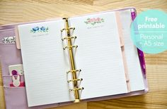 Free printable Floral Day Planner Pages - for A5 and Personal Filofax and other planners | Nina is a paper nerd.