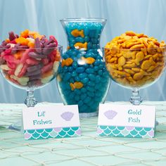 DIY Mermaid Birthday Make waves on your next birthday with this gorgeous mermaid party. Avery has everything covered from eye-catching invitations to mermaid party food ideas to mermaid birthday party favors and more. Mermaid Party Food, Mermaid Theme Birthday, Mermaid Birthday Party Decorations Diy, Beach Party Themes, Ariel Party Food, Sea Themed Party Food, Mermaid Themed Party, Baby Shower Mermaid Theme, Little Mermaid Food