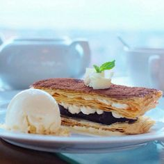 """This crunchy """"Mille Feuille"""" served with Vanilla Ice Cream should be perfect companion your afternoon tea with us. Hope you enjoy the rest of your weekend, peeps!   : @nomnommks   #on20makassar 