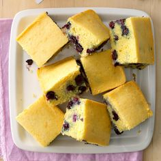 Blueberry Corn Bread Recipe -My husband is a fourth-grade teacher, and he incorporates monthly baking projects into the curriculum. His recipe for blueberry corn bread is a class favorite. Blueberry Cornbread, Cornbread Recipes, Blueberry Recipes, Baking Recipes, Dessert Recipes, Fruit Recipes, Dessert Ideas, No Carb Bread, Muffins