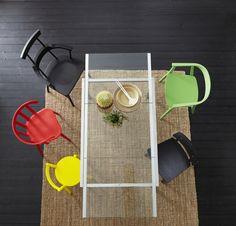 Modern ve pratik… Açılabilen cam yemek masası...