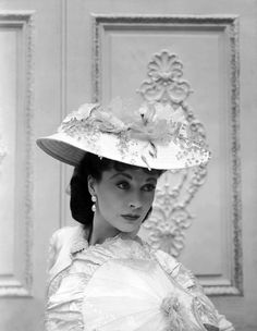 Vivien Leigh as Anna Karenina ,1948 from shades of grey