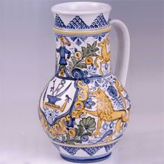 Hungarian Embroidery, Serving Dishes, Embroidery Patterns, Pottery, Vase, Ceramics, Table Lamps, Hungary, Folk