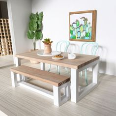 Inspired by the modern table settings seen in Australian homes, this table has a casual feel but clean modern lines. I have selected beautiful cuts...