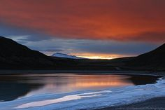 Sunrise Surprise - Laguna Amarga, Torres del Paine, Patagonia, Chili