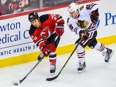 Chicago Blackhawks beat New Jersey Devils in SO- 12/9/14, now 19-8-1