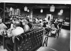 The interior of the Golden Dragon Restaurant on Washington Street in Chinatown in 1977, seen from the mezzanine level. Photo: TERRY SCHMIDT