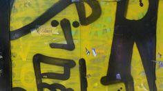 Graffiti sind allgegenwärtig. Fundstücke von einer Reise nach Istanbul: Ein Klick auf den richtigen Ausschnitt ergibt attraktive abstrakte Farbkompositionen... Graffiti, Istanbul, Symbols, Painting, Art, Musical Composition, Voyage, Neckline, Art Background