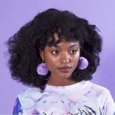 Her usual style. She enjoys bright colors, huge earrings, and sweatshirts. Pretty People, Beautiful People, Curly Hair Styles, Natural Hair Styles, Pelo Natural, Looks Style, Drawing People, Black Is Beautiful, Black Girl Magic