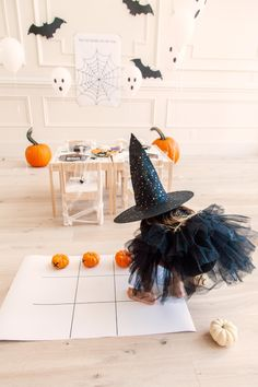 Kid's Halloween Party... - Rach Parcell
