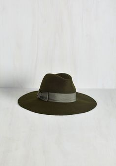 Film Noir and Again Hat in Moss