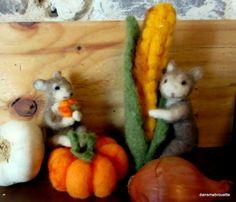 needle felted mouse, laine feutrée, souris en laine feutrée, halloween, citrouille