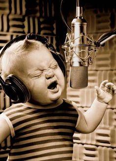 ♫♪ Music ♪♫ baby boy sing