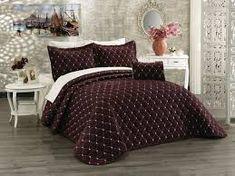 Cuvertura luxury -bordo Comforters, Blanket, Luxury, Home, Creature Comforts, House, Blankets, Homes, Carpet