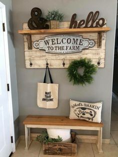 entryway ideas Amazing Farmhouse Entryway Ideas: As spring is here with us, you want to warmly welcome everyone that walks through your front door. Front Door Entryway, Rustic Entryway, Kitchen Entryway Ideas, Small Entryway Decor, Small Entrance, Modern Entryway, Farmhouse Kitchen Decor, Farmhouse Chic, Vintage Farmhouse