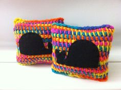 Arco iris ballena Set de 2 - ganchillo tunecino aguja Pin Cushion - Cojines decorativos poco