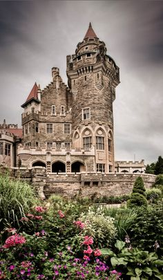 Casa Loma in Toronto ~ Ontario, Canada • photo: Benson Kua on Flickr