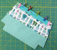 Latest No Cost sewing hacks socks Concepts Reißverschluss einfassen Sewing Projects For Kids, Sewing For Kids, Diy Pouch No Sew, Diy Bags Purses, Paper Piecing Patterns, Patchwork Bags, Fabric Bags, Zipper Bags, Sewing Patterns Free