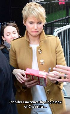 Oh gosh haha Jennifer Lawrence is so funny. Lol the look on her face is priceless! Dundee, Jeniffer Lawrance, Haha, Gale Hawthorne, Dan Stevens, Catching Fire, Have A Laugh, Mockingjay, Katniss Everdeen