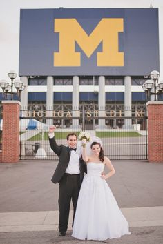 We love to see happy couples in front of the Big House!