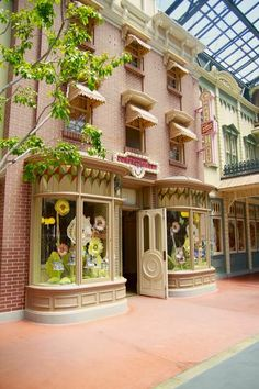 The Most Special Shops in Disney World – the best places for one of a kind souvenirs