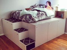 Cama Ikea, Cama Murphy Ikea, Platform Bed With Storage, Bed Platform, Ikea Platform Bed Hack, Ikea Loft Bed Hack, Ikea Storage Bed Hack, Platform Bedroom, Raised Platform Bed