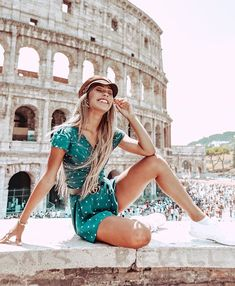 Mylifeaseva - Eva Gutowski - Rome, Italy Source by Beatriceremi outfits Rome Outfits, Italy Outfits, Rome Travel, Italy Travel, Visit Rome, Rome Photography, Inspiring Photography, Flash Photography, Photography Tutorials