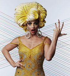 Alyssa Edwards wearing her custom Foam wig  Perry Meek costume design #aussiegear #dragraceallstars