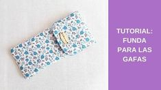 Pillow Tutorial, Diy Tutorial, Costura Diy, Floral Tie, Sewing Projects, Patches, Make It Yourself, Crochet, Accessories