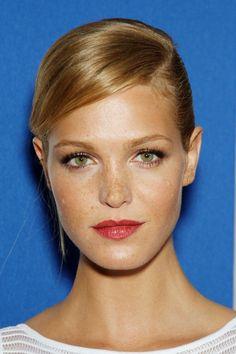 Erin Heatherton - simple elegant makeup