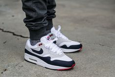 Nike Air Max 1 Anniversary Obsidian On Feet on foot photo Air Max 1, Nike Air Max, Types Of Shoes Men, Hype Shoes, Men's Shoes, Air Max Sneakers, Sneakers Nike, Baskets, Hype Clothing