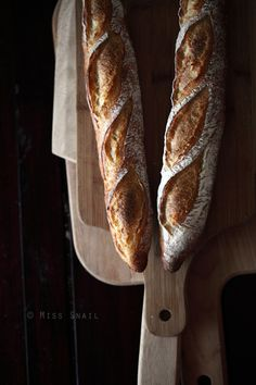 Baguettes. Pinned by Lamond Commercial Kitchens and Bars: www.lamondcatering.com Love the way we think? Then you will love working with us! Commercial kitchen and commercial bar design and install: refrigeration, kitchen gear and custom stainless steel. Phone: 1800610004 #lamondkitchens