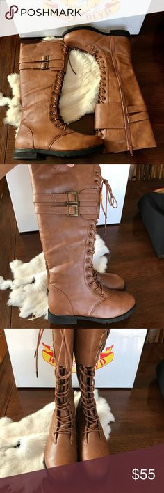 Knee-High Laced Boots!✨NWB Brand new with box. Never used! Womens size 6. Super comfy just not my style. Hits right at the knee (im 5 ft tall). Perfect for fall! West Blvd Shoes Over the Knee Boots