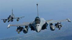 Con aviones Rafale y Mirage, Francia continúa su bombardeo en Siria