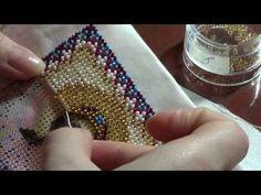 Процесс вышивки иконы бисером - YouTube Bead Crochet Patterns, Bead Crochet Rope, Beading Patterns, Beaded Purses, Beaded Bags, Beaded Jewelry, Diy Bead Embroidery, Hand Embroidery Designs, Bead Loom Bracelets