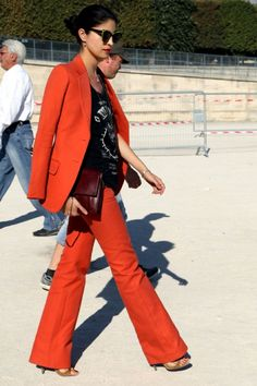 RED PANTS TOP LIPS CAROLINE ISSA FASHION WEEK VOGUE ITALIA STREET STYLE 1
