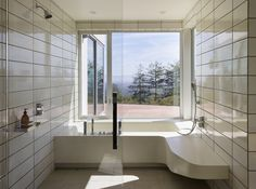 Gallery of Show Sugi Ban House / Schwartz and Architecture - 13