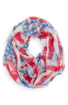 It's all about the stars and stripes! Such an adorable infinity scarf.
